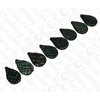 PY 069 Python leather Flat Teardrop 30x20x4mm Metallic Green / 8pcs.